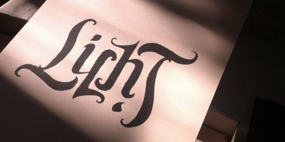 Ambigram Screen print – Licht